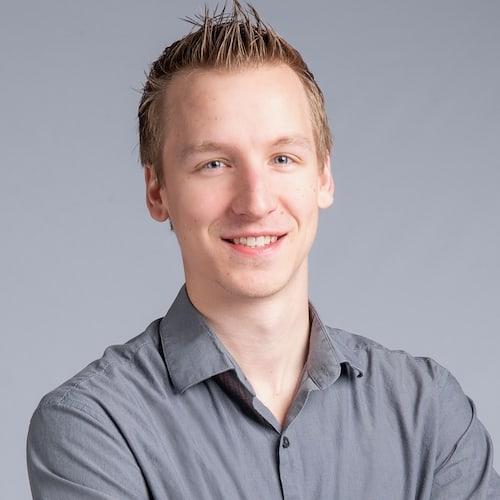 Ryan Hendee Headshot. Herrod Tech employee